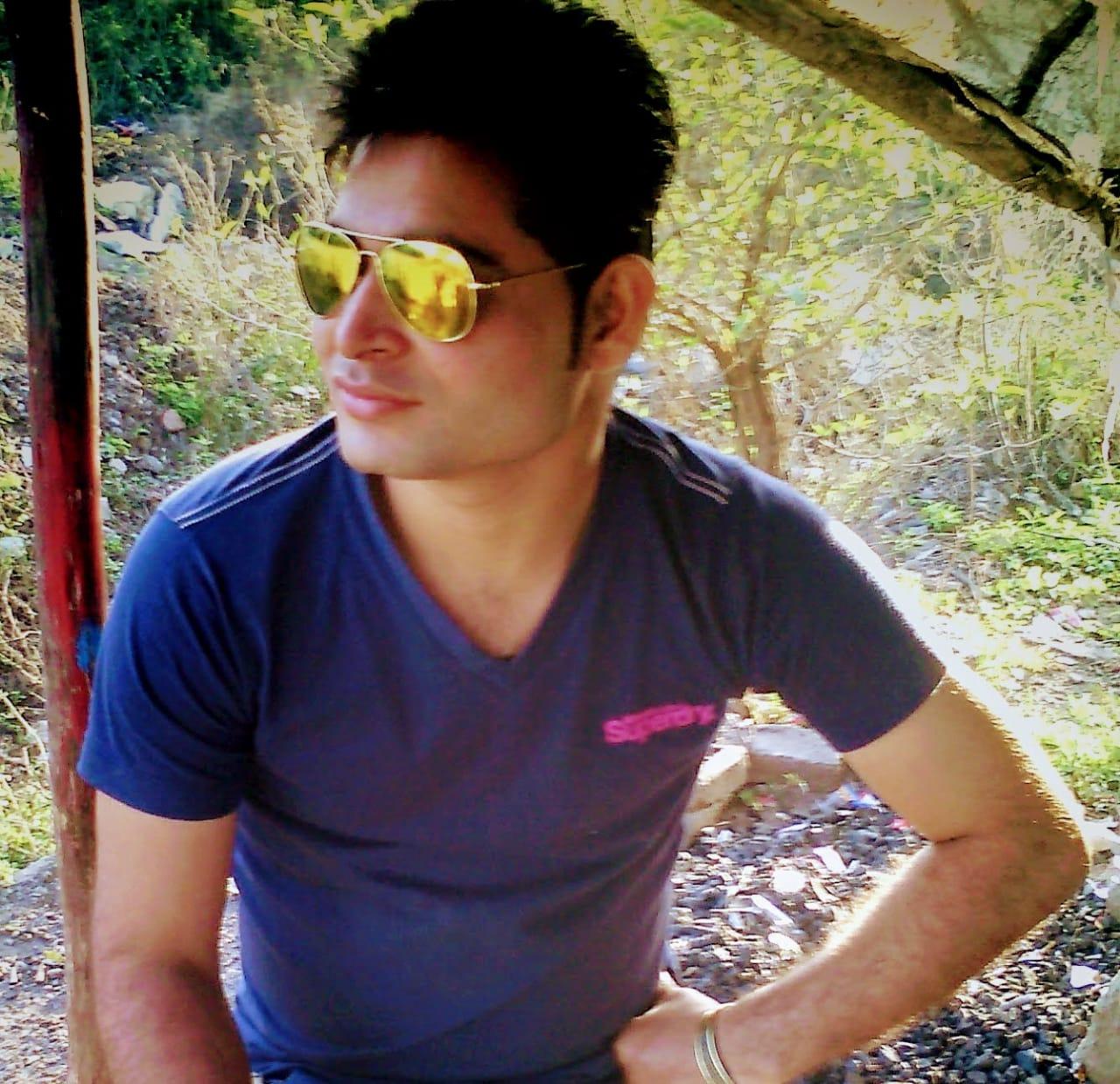 Manish Ahuja