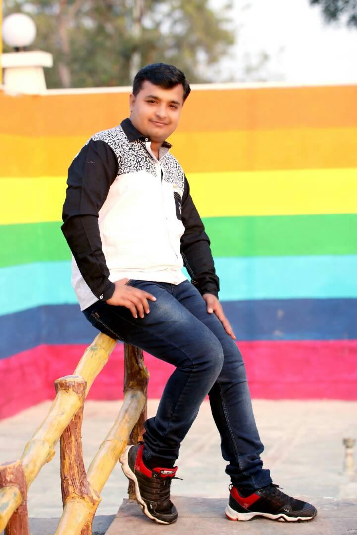 Akash Thadani-rishtekhojo